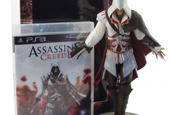 ASSASSIN/'S CREED UNITY NOTRE DAME EDITION Ubisof PS4 Action Figure Gioco incluso