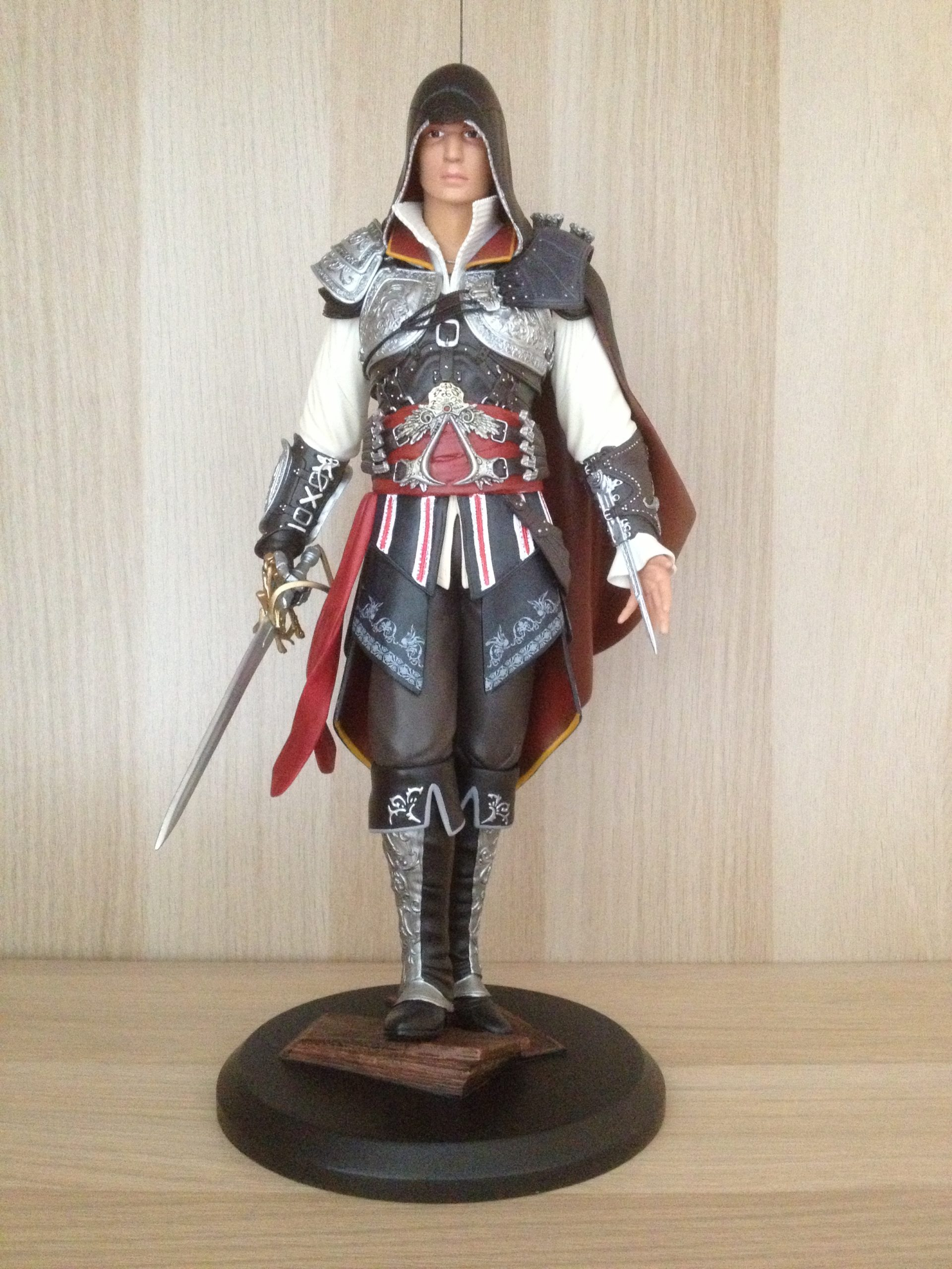 Ezio Auditore Deluxe Edition – Attakus