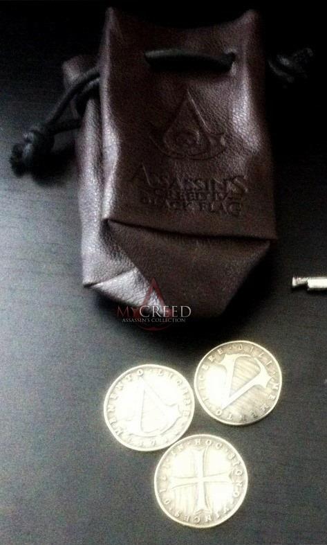 Monete e sacca griffate ACIV Black Flag